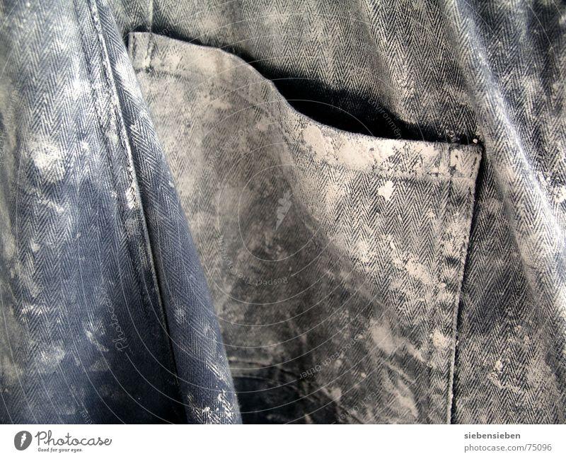 Farbig werden Arbeiter Mitarbeiter Arbeitslosigkeit lackieren Arbeitsbekleidung Hose Putz Schweiß dreckig Baustelle Wäsche Bekleidung schmierig Stoff