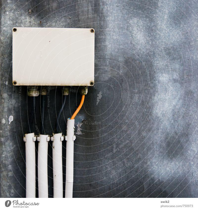 Hardware Technik & Technologie Verteiler Verteilerdose Energiewirtschaft Stromtransport Kasten Kabel Verkleidung Kunststoff authentisch eckig blau grau orange