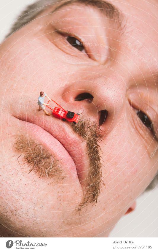 Der Schnurri muss ab (mit schwerem Gerät geht's endlich)! Mensch Mann Erwachsene Kopf Arbeit & Erwerbstätigkeit maskulin Spielzeug Bart Oberlippenbart