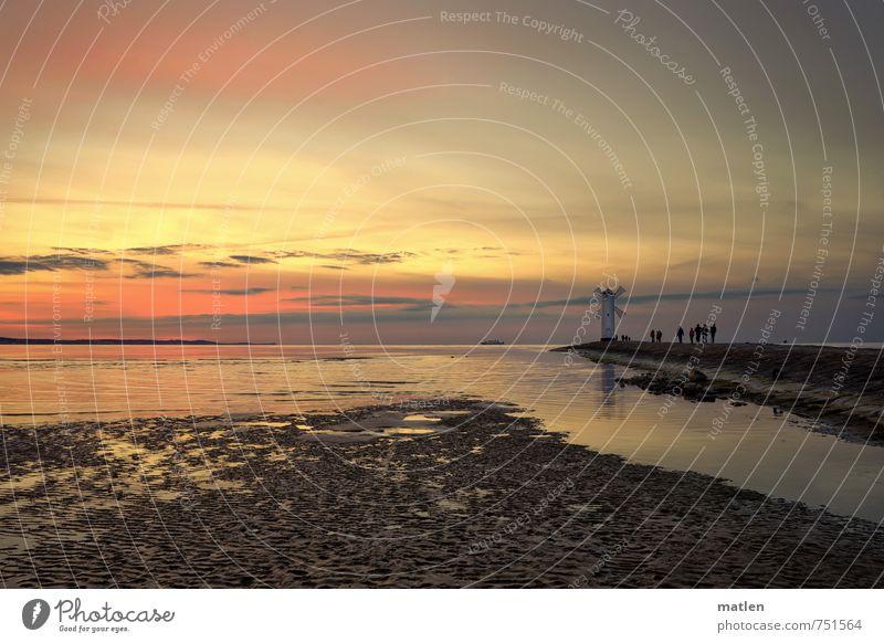 Moulin rouge/500 Mensch Menschengruppe Landschaft Himmel Wolken Nachthimmel Horizont Sonnenaufgang Sonnenuntergang Frühling Wetter Schönes Wetter Küste Strand