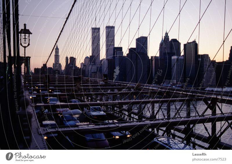 Newyork Brooklyn Bridge New York City Sonnenuntergang World Trade Center Hochhaus Nordamerika Brücke Skyline