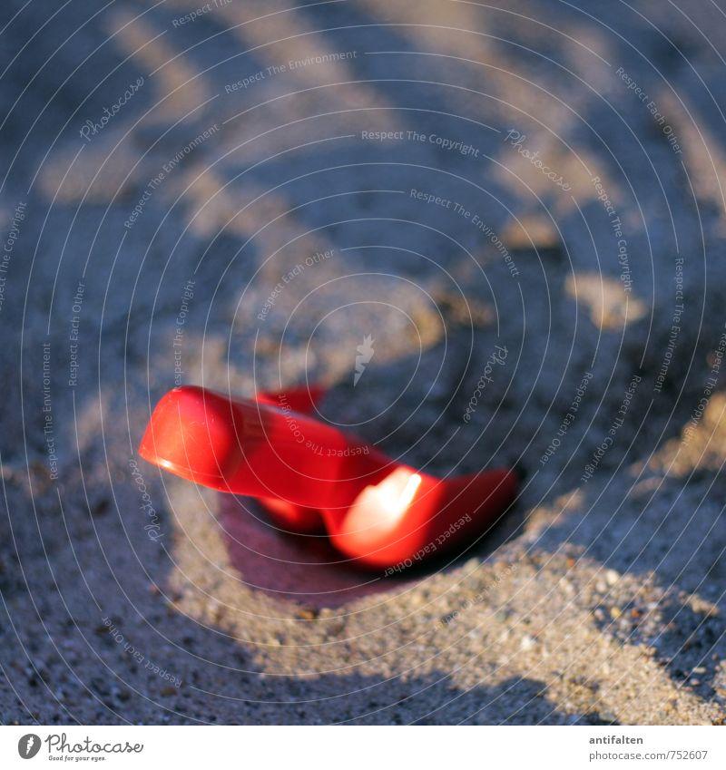Schüppchen Natur Ferien & Urlaub & Reisen Sommer Sonne Meer rot Freude Strand Frühling Spielen natürlich Sand Platz Schönes Wetter Ausflug Lebensfreude