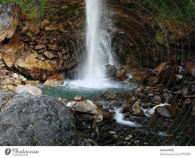 Wasserfall Bach Sandverwehung Stein fallen Fluss Natur Bewegung