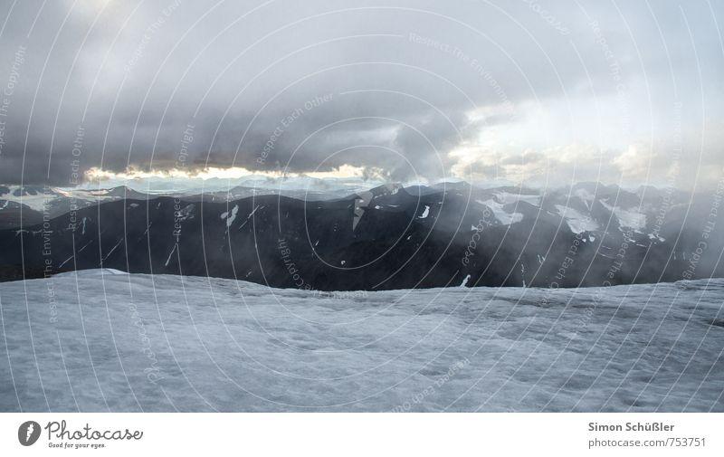 Kebnekaise Natur Wolken kalt Berge u. Gebirge Schnee Schneefall Nebel Gipfel Schweden