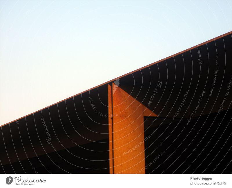 Meine Lieblingsfarbe Stahl Eingang Stahlträger graphisch einfach Licht Rost cortenstahl unterstand lgs-gelände trier Farbe Schatten abendsonne...