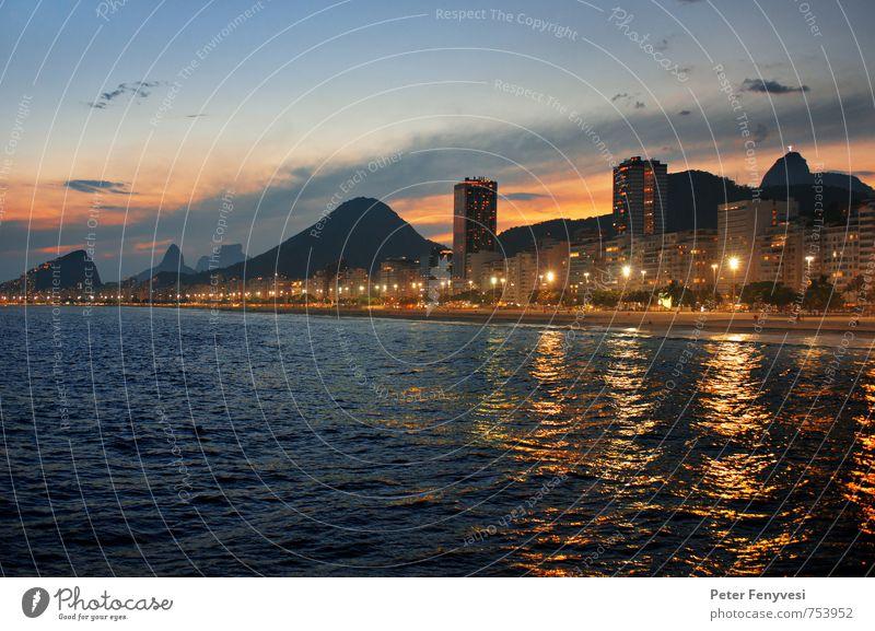 Rio de Janeiro 13 Sonnenaufgang Sonnenuntergang Küste Seeufer Strand Brasilien Amerika Südamerika Stadt Sehenswürdigkeit Stimmung ruhig Copacabana Farbfoto