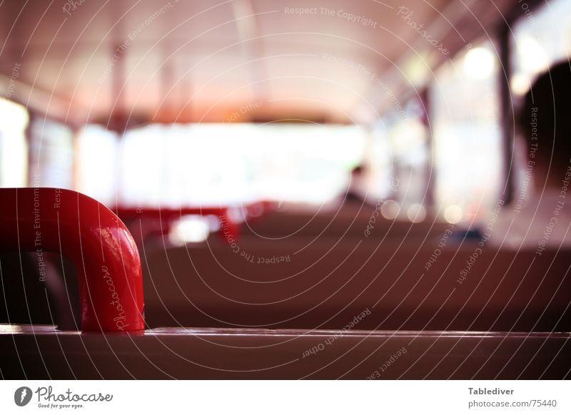 Bus Blur sitzen Bank Bus Sitzgelegenheit Griff Öffentlicher Personennahverkehr Hinterkopf Doppeldecker-Bus Berliner Verkehrsbetriebe