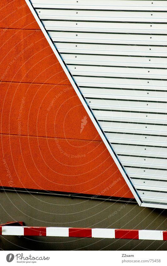 abstrakte geometrie Geometrie rot Wand Blech Muster lines Linie orange Schilder & Markierungen Metall Pfosten