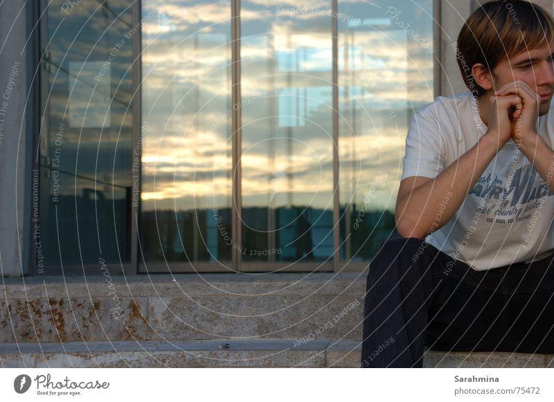 Von mir von dir Glastür Denken Reflexion & Spiegelung Kulturspeicher Würzburg Mann Trauer Wolken Hand Mensch Treppe Traurigkeit schiebetüre Himmel Anschnitt