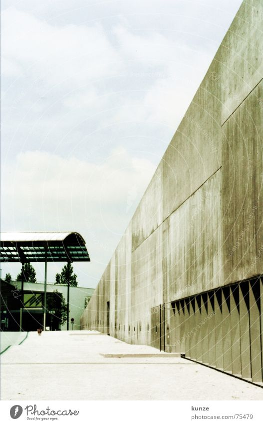 am Strich 3 Himmel Wand Hund Mauer Architektur Beton Bodenbelag Scan