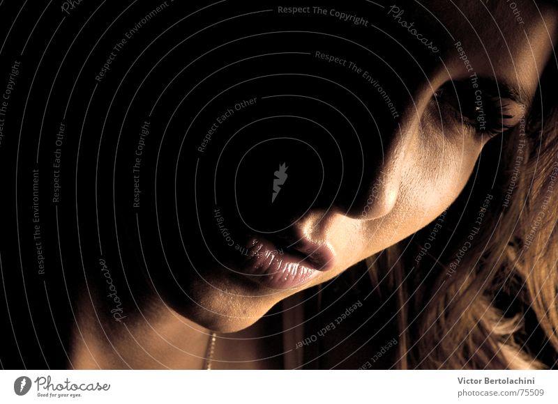 Rostro... Mensch Frau Dame Haare & Frisuren Sommer Medien face art und weise Gesicht elegant Blick hair Natur hell Ohrringe Haut beatiful woman verführerisch