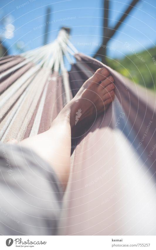 A good place to be II Lifestyle Freizeit & Hobby Hängematte Ferien & Urlaub & Reisen Tourismus Mensch Leben Fuß Zehen 1 Sonne Sonnenlicht Sommer Wärme liegen