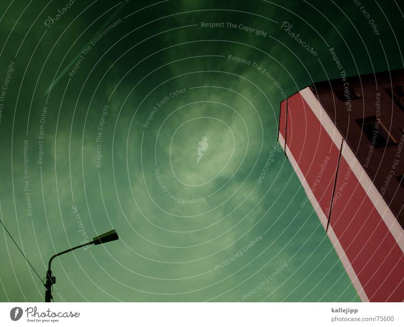 spaceship nineteen Handy-Kamera Terror Terrorgefahr Haus Wand Ozon Fassade Astronaut Postfach Pfeil 9/11 11 september Himmel fensterlos Weltall UFO kallejipp