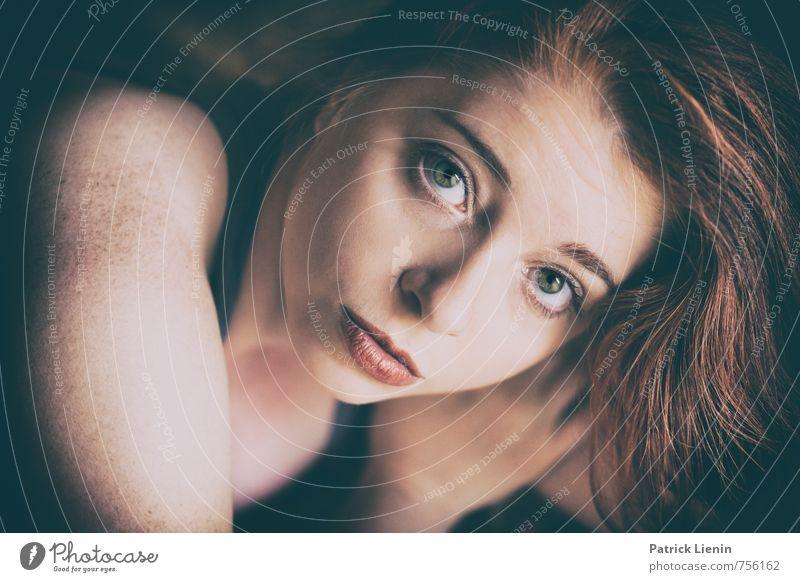 wish you were here Mensch Frau Jugendliche schön Junge Frau Erholung 18-30 Jahre Erotik Erwachsene Gesicht Gefühle feminin Haare & Frisuren Gesundheit Kopf