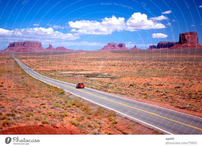 Monument Valley Utah Natur Himmel Ferien & Urlaub & Reisen Wolken Straße USA Unendlichkeit Arizona Goldener Schnitt Wilder Westen Red Rock Canyon
