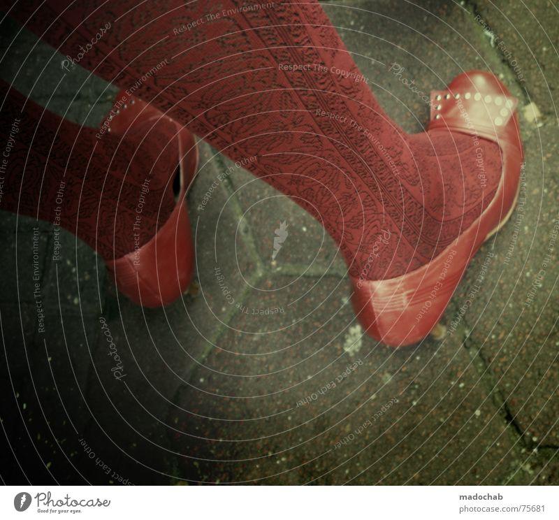 DAMN BITCHES | female woman frau schuhe füsse schoes fashion Frau Mensch rot feminin Strümpfe Fuß Schuhe Bodenbelag trashig Strumpfhose Damenschuhe