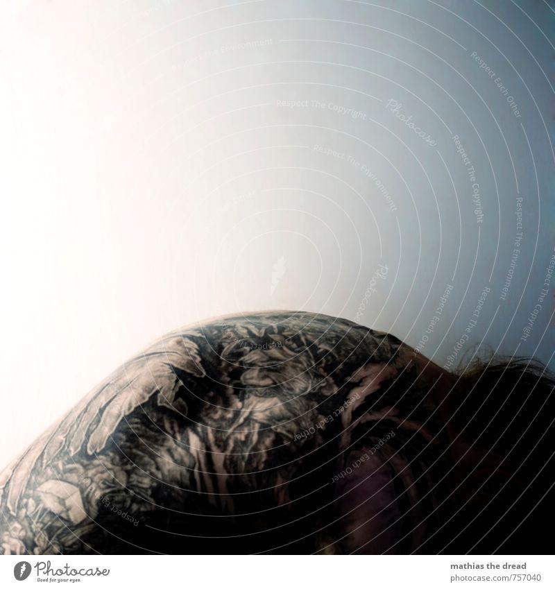NADELSTICH Lifestyle Mensch maskulin Mann Erwachsene Körper Haut Rücken 1 18-30 Jahre Jugendliche außergewöhnlich bedrohlich dunkel einzigartig Tattoo bemalt