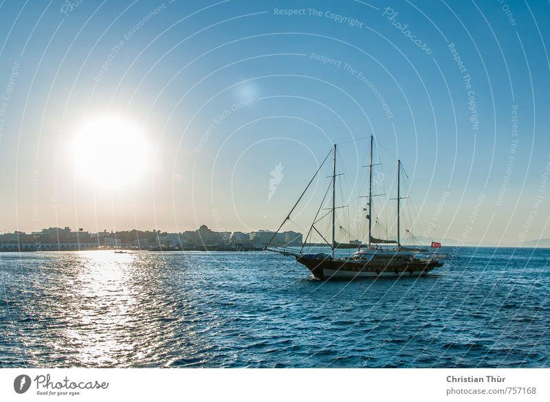 Segeln in der Ägäis Sinnesorgane Erholung Ferien & Urlaub & Reisen Ausflug Ferne Freiheit Sommer Sommerurlaub Meer Wasser Wolkenloser Himmel Schönes Wetter