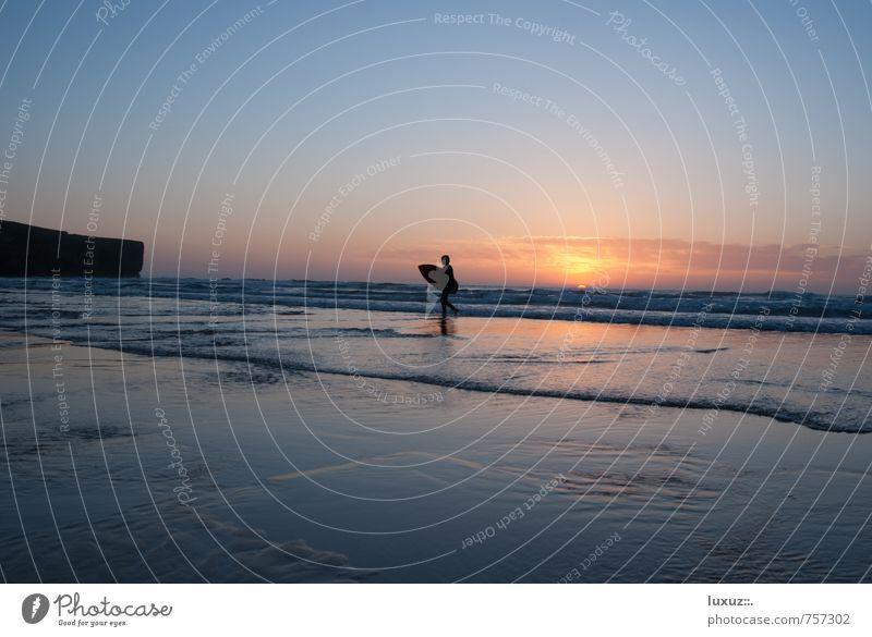 Work sucks Go surf Wasser Meer Strand Sport Freiheit Glück Wellen Zufriedenheit Surfen Klippe Feierabend Funsport