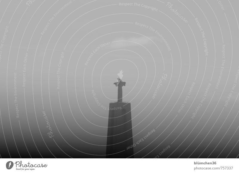Mit offenen Armen Architektur Stein Religion & Glaube Stimmung Europa hoch Beton Aussicht Hoffnung historisch Bauwerk Denkmal Wahrzeichen Statue