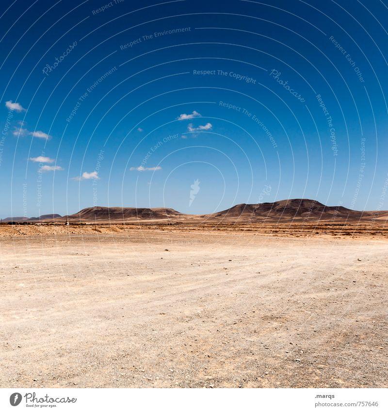 Weites Land Abenteuer Ferne Freiheit Sommer Umwelt Natur Landschaft Himmel Horizont Schönes Wetter Hügel heiß trocken Einsamkeit Dürre Farbfoto Außenaufnahme