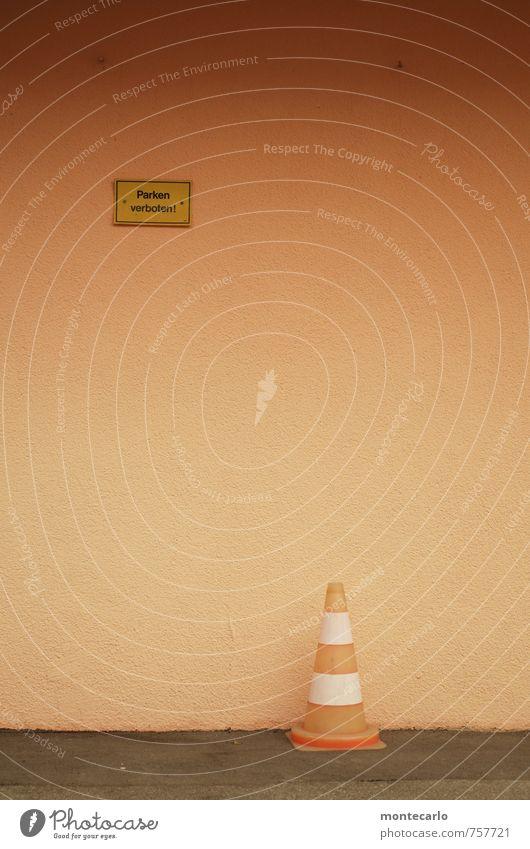 bodenständig | das bleibt Menschenleer Mauer Wand Verkehrsmittel Straße Pylon Beton Zeichen Schilder & Markierungen Hinweisschild Warnschild Verkehrszeichen