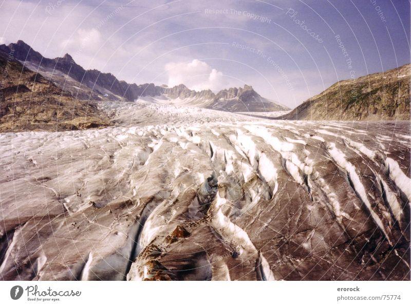 rhonegletscher Gletscher wandern kalt Sommer Schweiz analog Eis Rhone Alpen Berge u. Gebirge helvetia