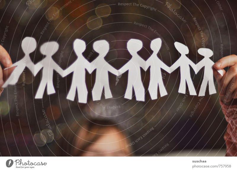 menschenkette Kind Kindheit Kopf Haare & Frisuren Hand Finger 3-8 Jahre Kunst Künstler Kreativität Basteln Papier Menschenkette Faltkunst Menschenrechte