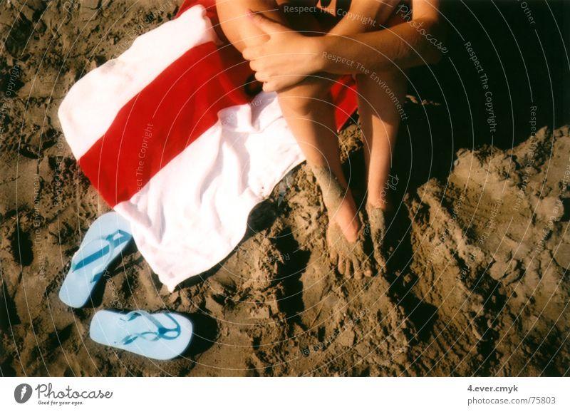 danai Strand Flipflops Sommer Sand legs sitting relaxing
