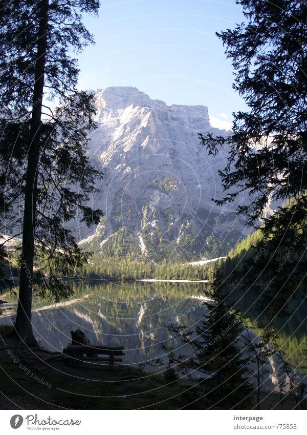 Wildsee Südtirol See Kulisse Italien Österreich Beleuchtung Erholung wandern Bergsteigen Außenaufnahme Berge u. Gebirge pragser Idylle Wasser