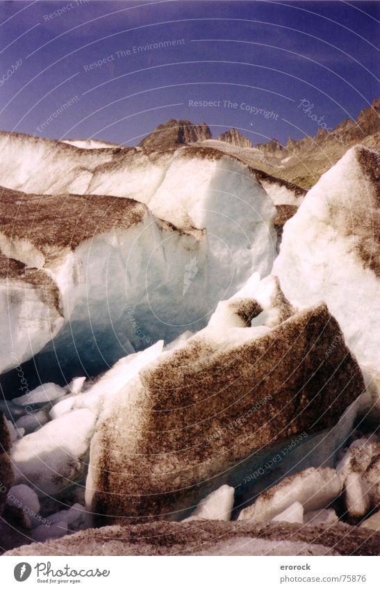 rhonegletscher-front Gletscher kalt wandern Schweiz analog Sommer Eis Rhone Berge u. Gebirge Alpen gebrochen blau