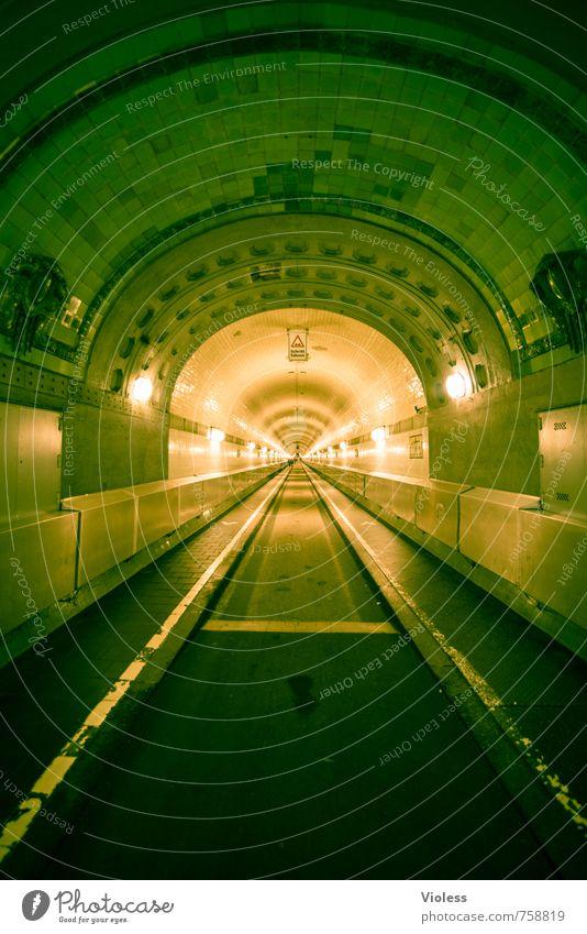 timetunnel Hafenstadt Altstadt Tunnel Bauwerk Gebäude Sehenswürdigkeit Wahrzeichen Denkmal alt Bekanntheit historisch retro Elbtunnel Beleuchtung Hamburg