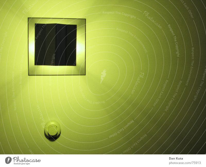 Wer hat hier die Lampe an? Licht Geometrie Quadrat Feuermelder Stil grün graphisch fantastisch hell Kreis Decke Beleuchtung