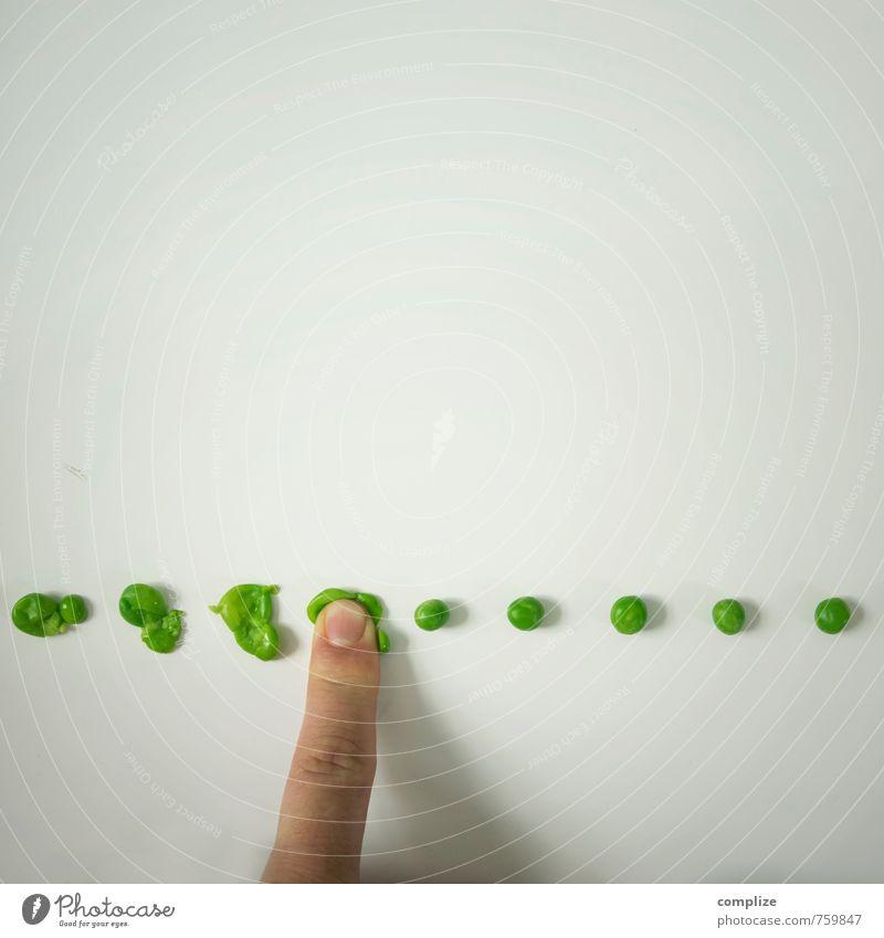 Erbsen zählen grün Gesunde Ernährung Leben Schule Lebensmittel Business Linie Büro Studium Finger Güterverkehr & Logistik Geld Gemüse Bioprodukte Übergewicht Kugel