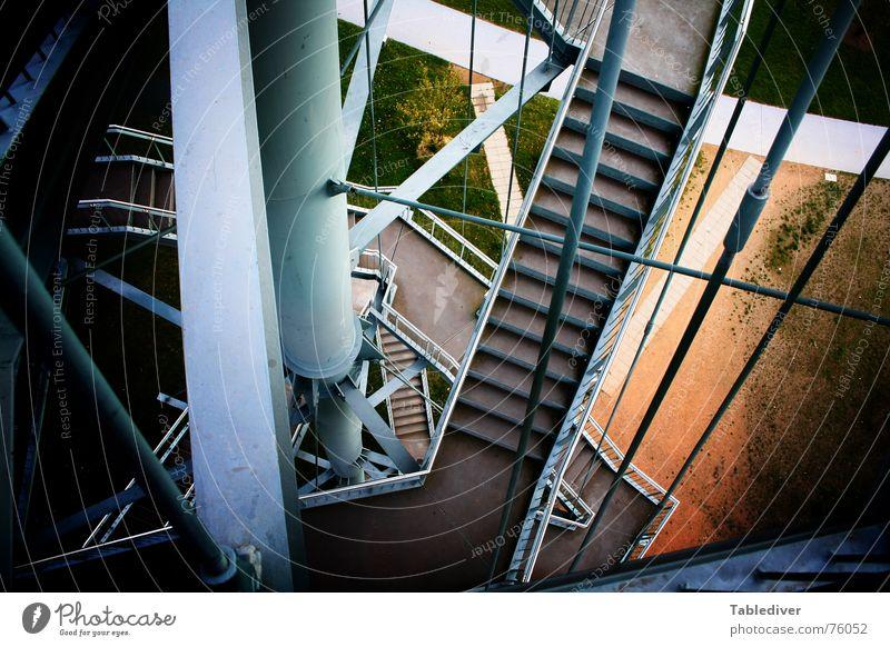 __________________________  I (Titel selbst eintragen) Metall Treppe Industriefotografie Turm Konstruktion Eisen Irrgarten Babylon