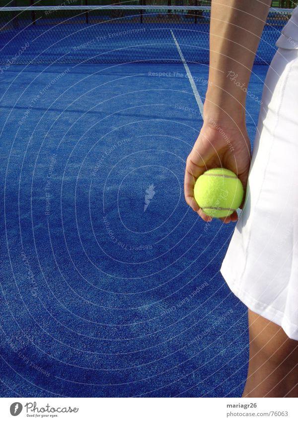 Sport Tennis Sommer Freizeit & Hobby Frau blau Ball tenis