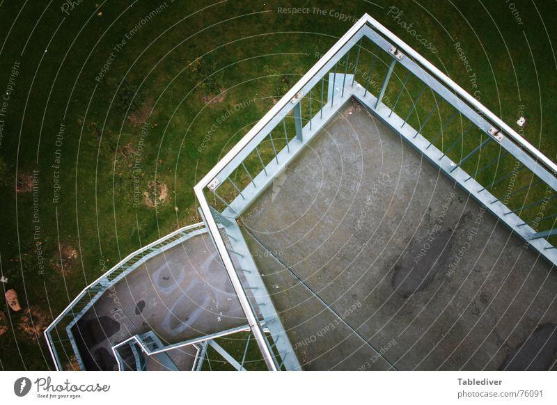 __________________________ III (Titel selbst eintragen) Metall Treppe Industriefotografie Turm Konstruktion Eisen Irrgarten Babylon