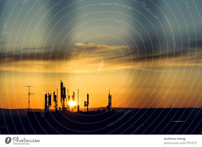 Kommunikation Stadt Horizont Business Ordnung modern Zukunft Kommunizieren Technik & Technologie Wandel & Veränderung Telekommunikation Netzwerk Kontakt