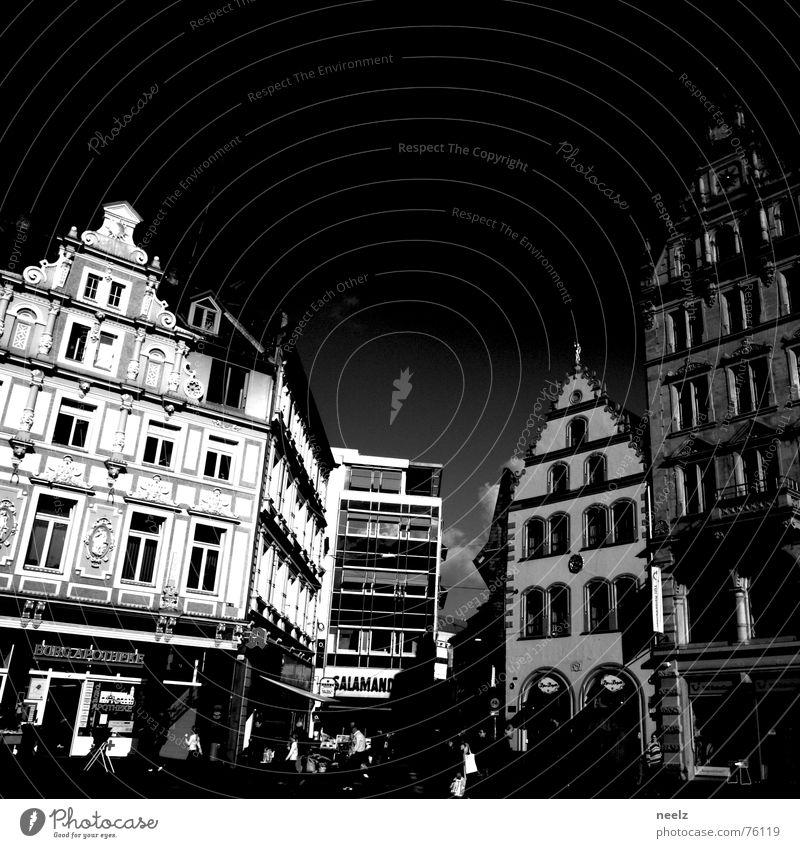   Town 3   Mensch Himmel Haus Herbst Wien Quadrat historisch Marktplatz herbstlich Dachgiebel Braunschweig Kohlmarkt