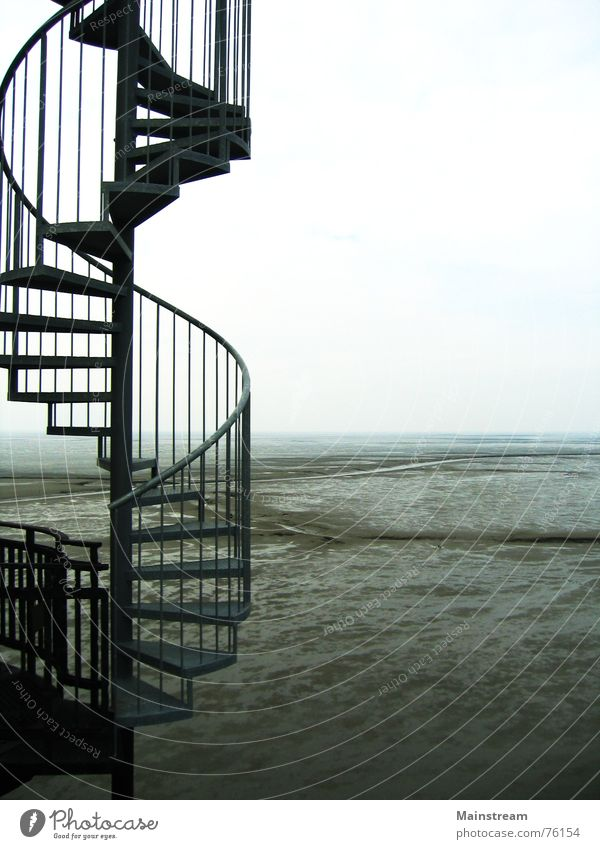 Treppe zum Meer Wasser Architektur Horizont Wattenmeer Wendeltreppe Nordsee