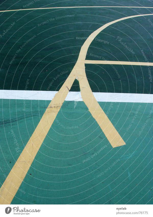Wer ist der Erfinder der Linien ? grün gelb weiß Tennis Tennisplatz Sportplatz rund Hoffnung Sommer Ferien & Urlaub & Reisen Spielen lines white centerourt