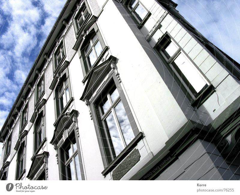 Alles Fassade schön Himmel weiß Stadt Haus Wolken Wand Fenster Mauer Gebäude Architektur Deutschland Fassade Europa Spiegel