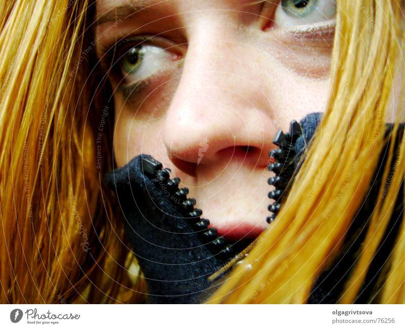 Visionär planen Pullover Reißverschluss verweht Konzentration Erscheinung visionär Verschluss Nahaufnahme Gesicht wehen Wind