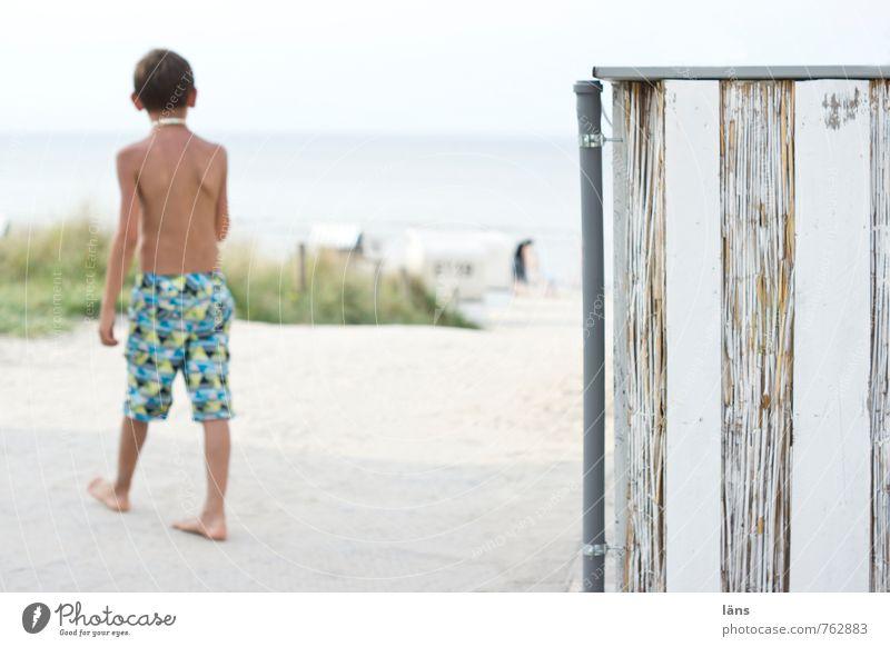 endlich Sommer Mensch maskulin Kind Junge Kindheit Leben 1 8-13 Jahre Umwelt Natur Landschaft Sand Luft Wasser Himmel Wolkenloser Himmel Küste Strand Ostsee