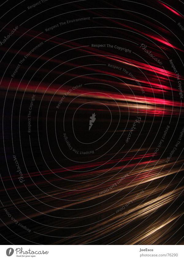 lightstripes 04 Wasser rot schwarz Bewegung Beleuchtung Stil Feste & Feiern Linie Stimmung Luft Brand Streifen Teile u. Stücke Veranstaltung Momentaufnahme Dynamik