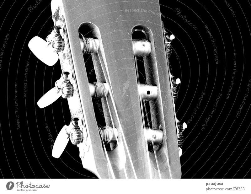 Alles im Griff weiß Freude schwarz Spielen Musik Holz grau ästhetisch Gitarre drehen Musikinstrument Saite Regler
