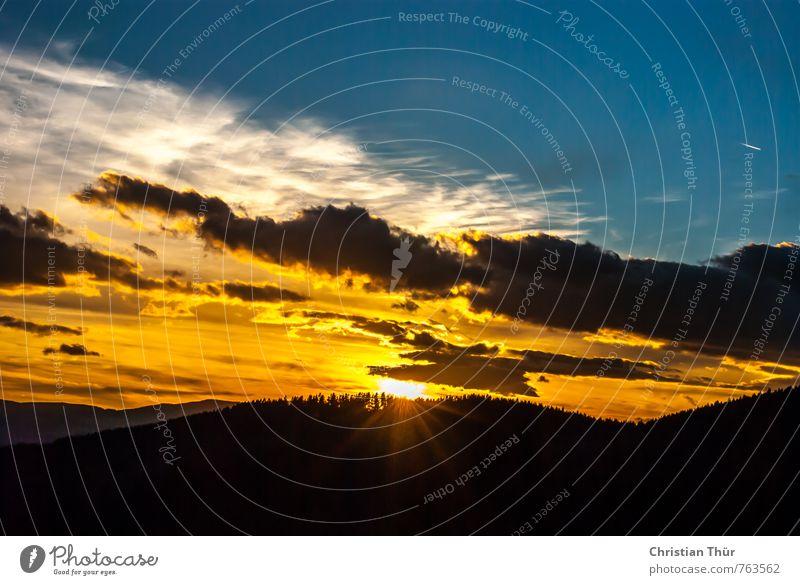 Abend im Wechselland Natur blau Erholung rot schwarz dunkel Umwelt Gefühle Herbst Glück außergewöhnlich Horizont orange Feld gold leuchten