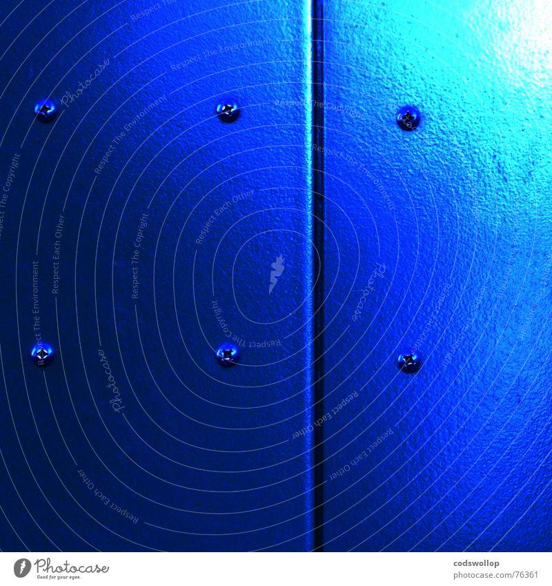 höher schrauben blau Tür Bad obskur Fahrstuhl Oberfläche Schraube