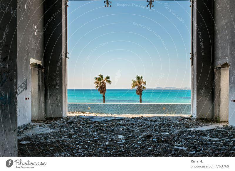 Paradise Lost Himmel Horizont Schönes Wetter Meer Tunesien Traumhaus Ruine Gebäude Mauer Wand Rache Aggression Gewalt Hass Politik & Staat Wut Zerstörung