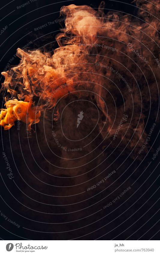 Rauch Parfum Rauchen orange Abgas Rauchwolke Rauchzeichen Wasserdampf Brand Feuerlöscher Rauchbombe Bengalo Menschenleer